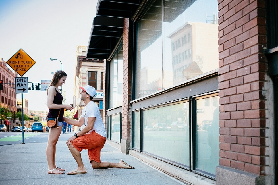 Twin_Cities_Proposal_Photo_Minneapolis_Wedding_Pictures